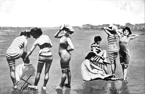 Dieppe la plage bains de mer cartes postales anciennes for Salle de bain jonc de mer